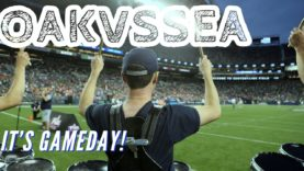 Seahawks-Gameday-OAKvsSEA-Blue-Thunder-Drumline